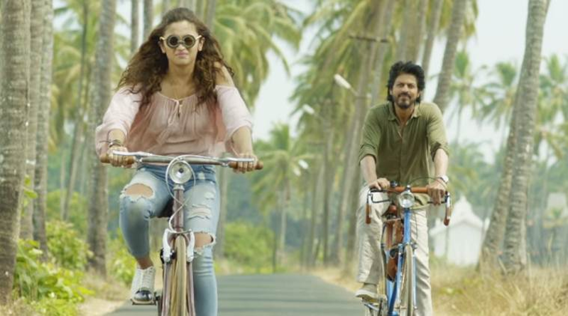 Still from the movie Dear Zindagi.